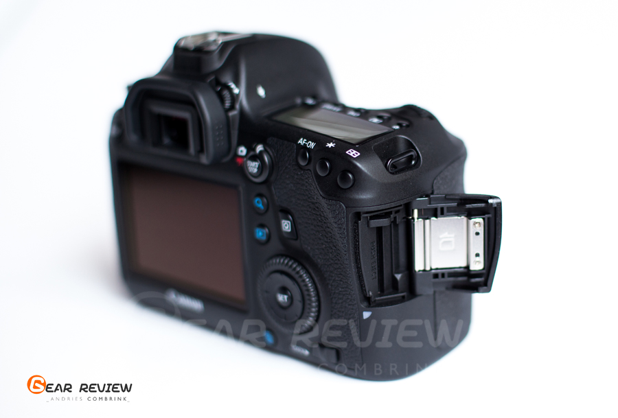 canon 6D SD card slot
