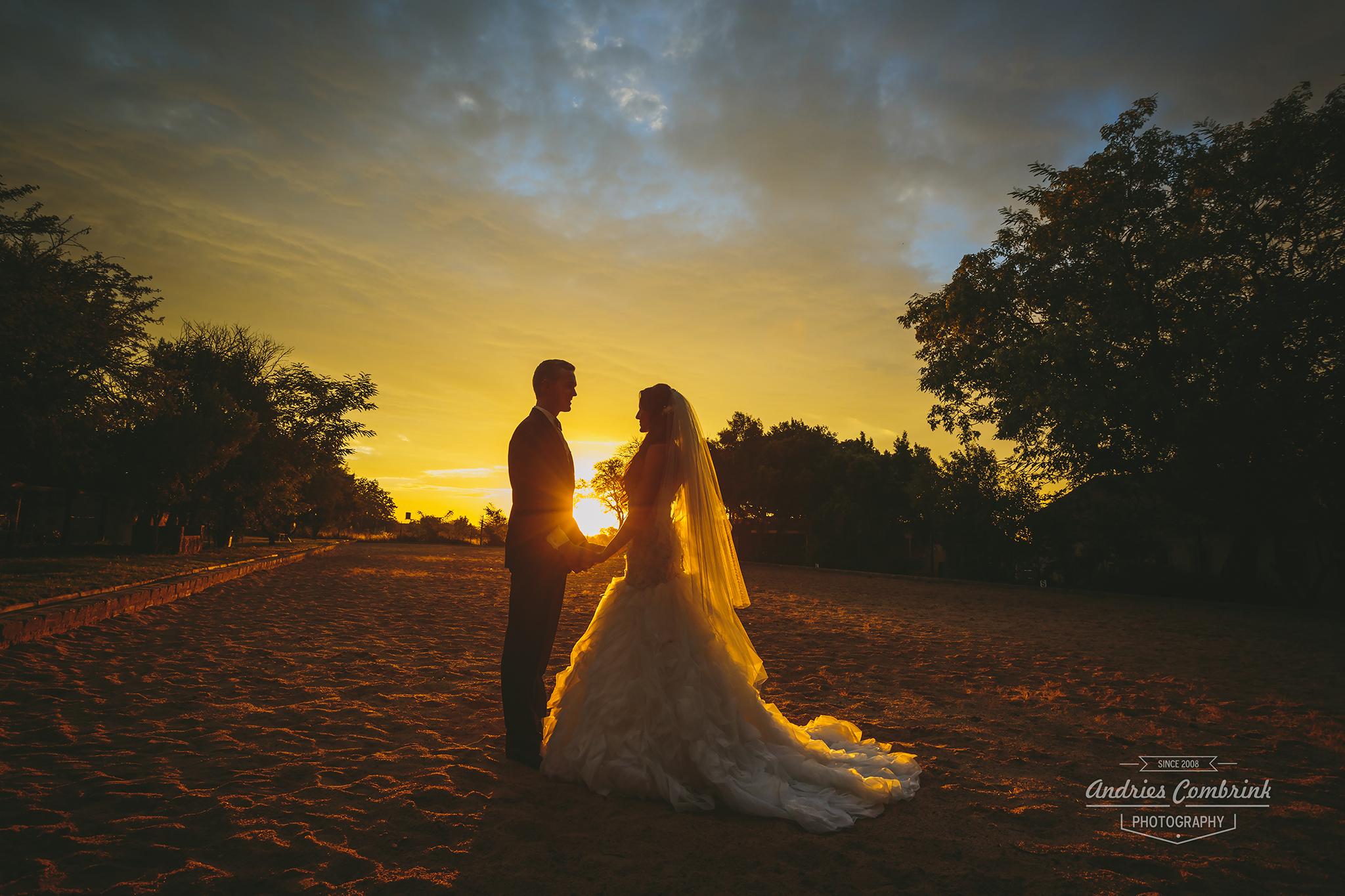 die akker sunset wedding wide