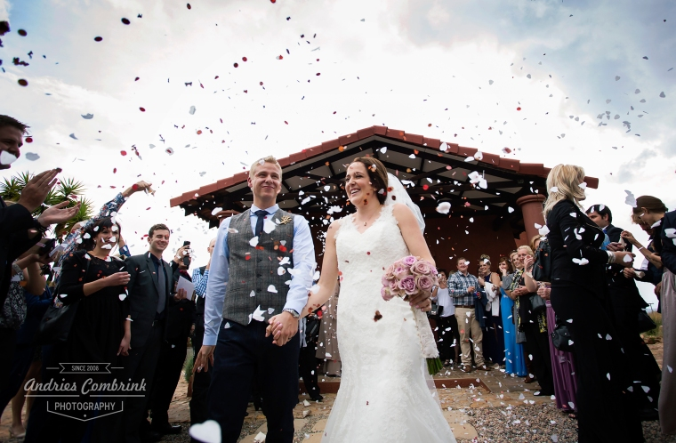 confetti+sky+bride+groom