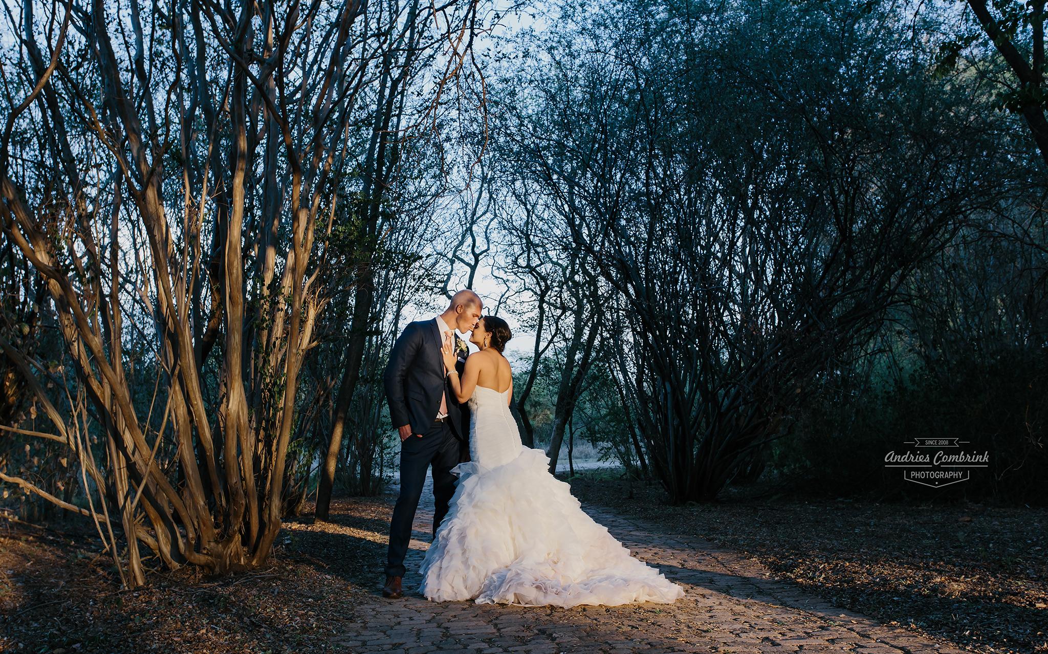 die akker wedding couple