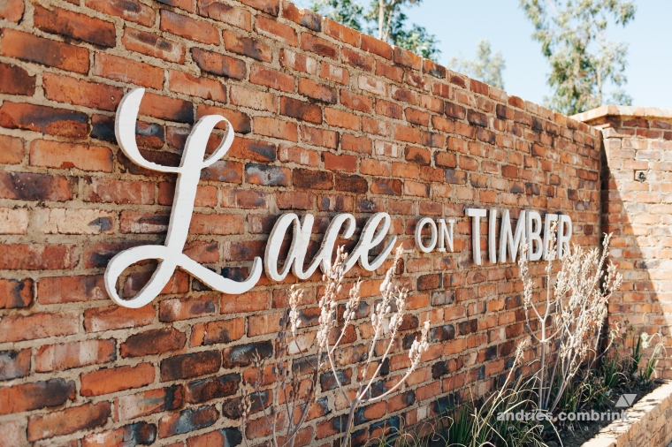 lace on timber (1)