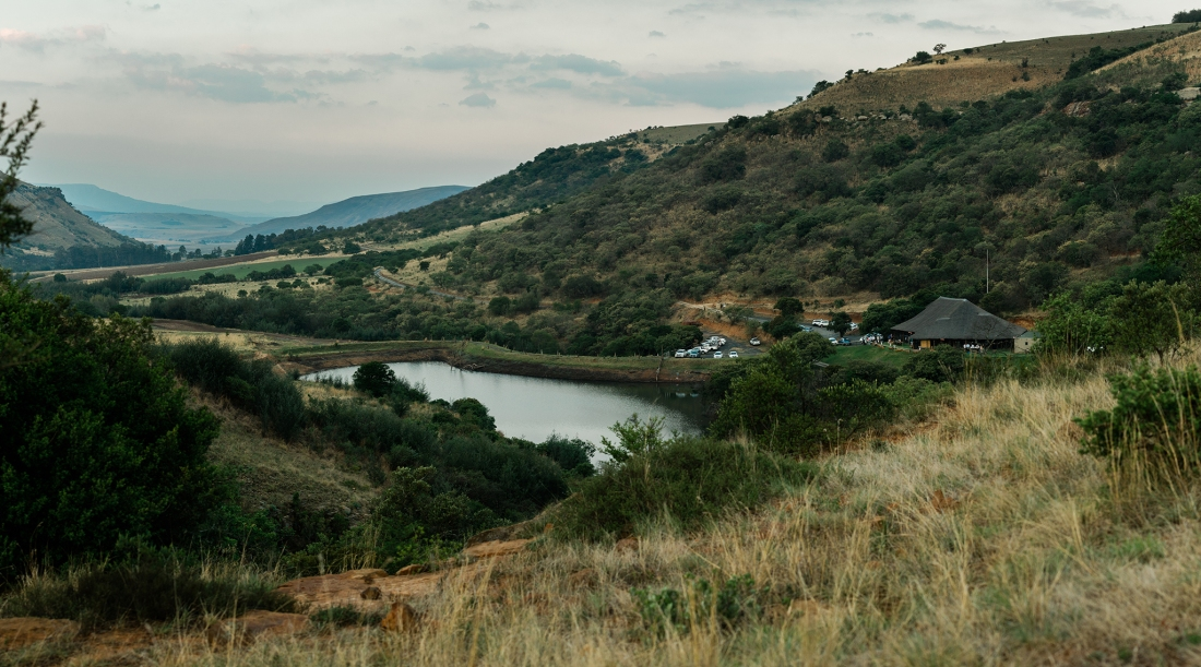 Drakensbergkloof-panorama upload